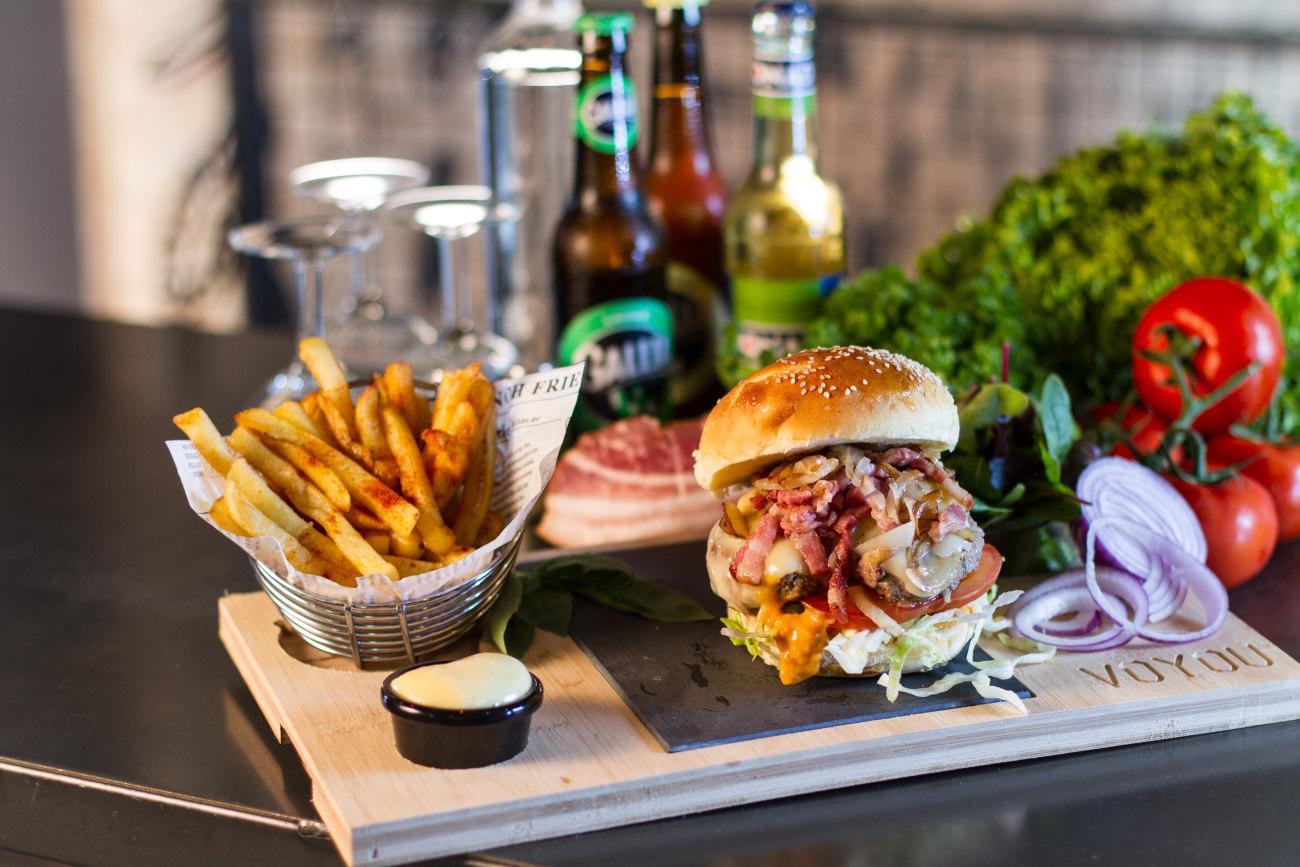 Burger voyou bleu