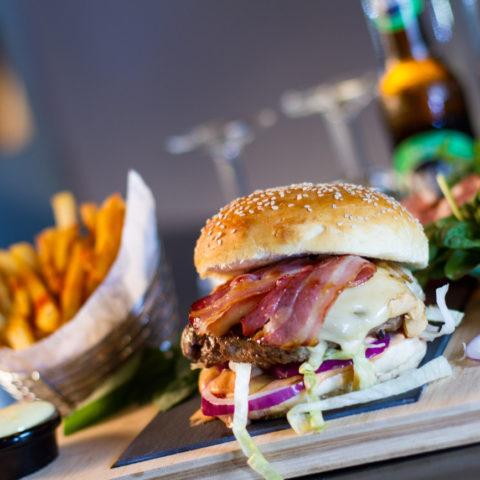 lucien-la-bricole-burger-saint-nectaire